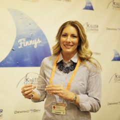 Stacy Gardner, Director, Marketing Programs, Bottomline Technologies with her Killer Content trophy in the Agency/Publisher Partnership category.