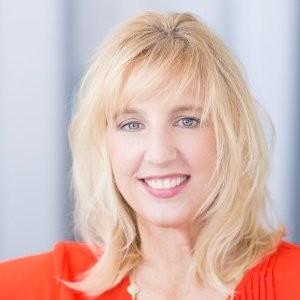 Cindi Johnson on B2BMX Podcast